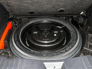 2019款升级款 2.0T 两驱旗舰型 备胎