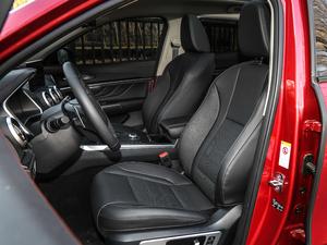 2019款升级款 2.0T 四驱旗舰型 前排座椅
