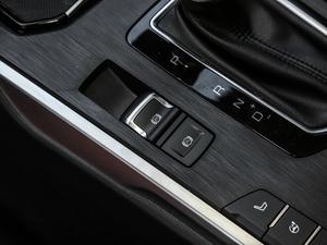 2019款升级款 2.0T 四驱旗舰型 驻车制动器