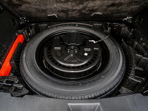 2019款升级款 2.0T 四驱旗舰型 备胎