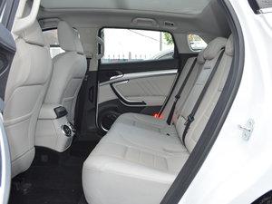 2017款VV7C 超豪型 后排空间