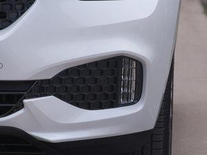 2017款VV7C 豪华型 雾灯