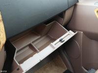 空间座椅凌特C10手套箱