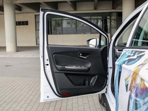 2017款城际智派型 驾驶位车门