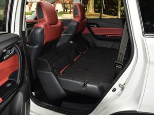 2018款230T CVT智享型 后排座椅放倒