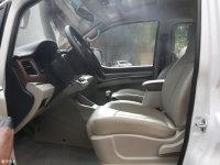 空间座椅菱智M5 EV前排空间
