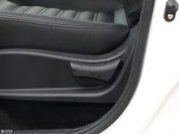 空间座椅风行S50 EV座椅调节