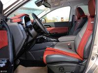 空間座椅風行T5L前排空間
