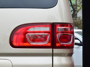 2017款M5L 1.6L 手动舒适型 7座 尾灯