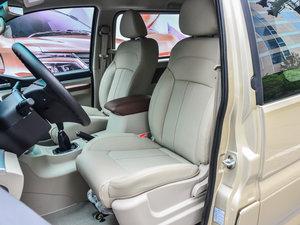 2017款M5L 1.6L 手动舒适型 7座 前排座椅