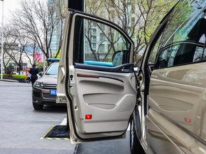 2017款M5L 1.6L 手动舒适型 7座 驾驶位车门