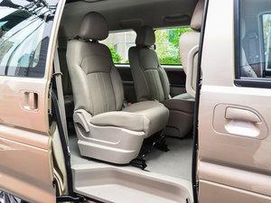 2017款M5L 1.6L 手动舒适型 7座 后排空间