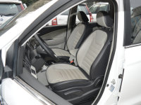 空间座椅风行S500前排座椅
