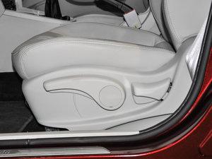 2017款1.5L 手动尊享版 座椅调节