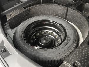 2018款1.5T CVT基本型 备胎