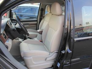 2018款M5L 1.6L 手动舒适型 9座 前排座椅