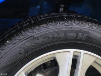 细节外观江铃E160轮胎品牌