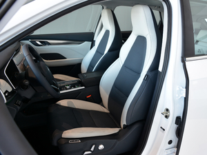 2018款300 Extra创新版 前排座椅