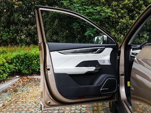 2018款400 Extra创新版 驾驶位车门