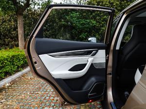 2018款400 Extra创新版 后车门