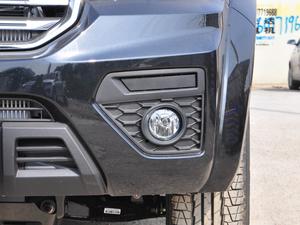 2018款欧洲版 2.0T 柴油两驱大双精英型4D20D 雾灯