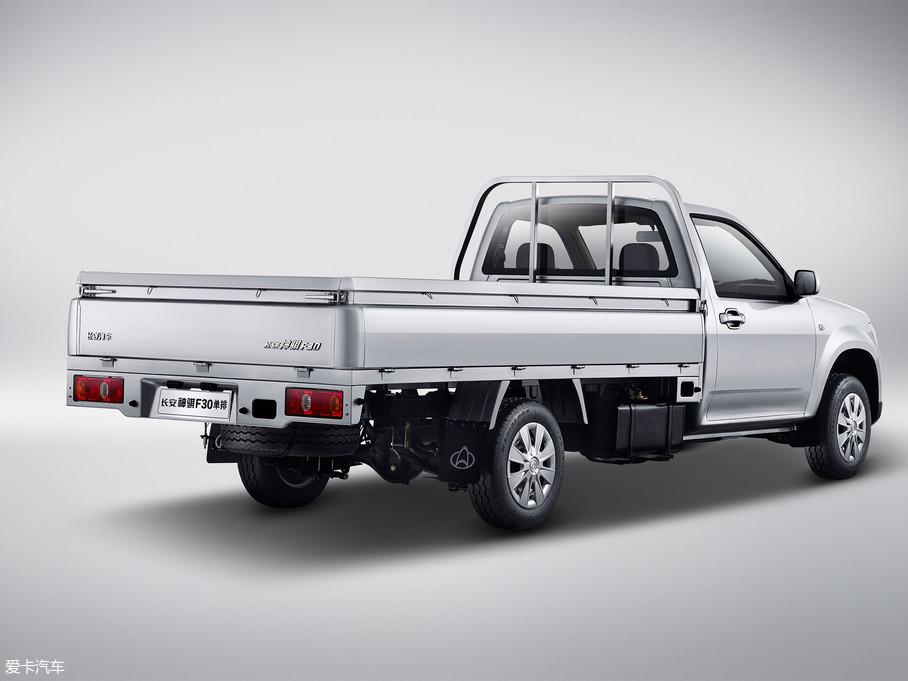 2018款神骐F30单排1.5L 舒适版额载1015