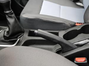 2018款单排1.5L 舒适版额载1015 驻车制动器