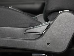 2018款1.5L 长轴精英版 额载745 座椅调节