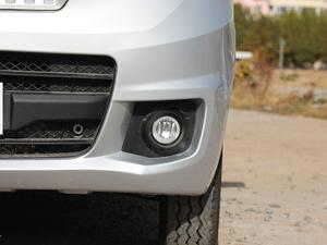 2018款1.5L 手动基本型平顶背掀门厢货 雾灯