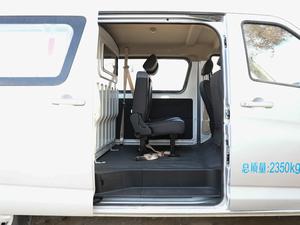 2018款1.5L 手动基本型平顶背掀门厢货 后排空间