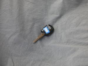 2018款1.5L 手动基本型平顶背掀门厢货 钥匙
