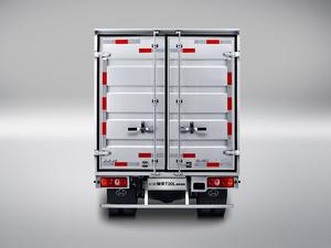 2018款T20L 1.5L 厢货车双排舒适型3.05米货箱 额载610 整体外观