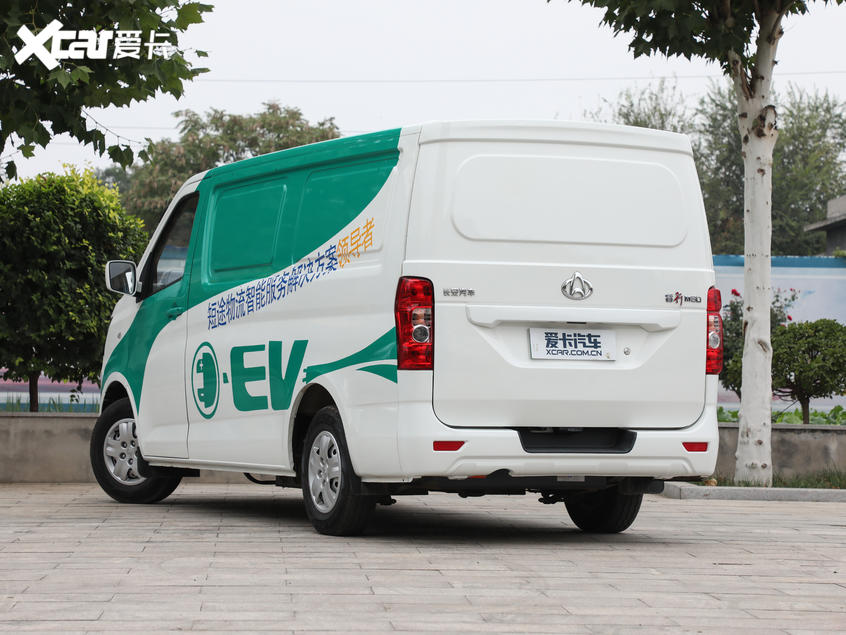 长安轻型车2018款睿行EM80