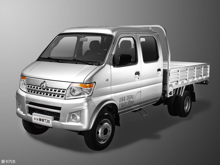 2017款神骐T20 1.5L 载货车双排 舒适型