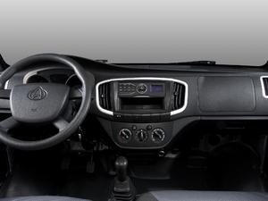 2017款1.5L 载货车单排 舒适型 中控区