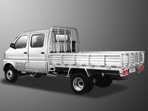 2017款1.5L 载货车双排 舒适型 整体外观