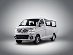 2017款1.5L 手动舒适型平顶背掀门 正侧45度