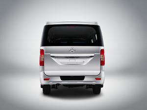 2017款1.5L 手动舒适型平顶背掀门 整体外观
