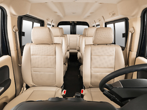 2017款舒适型 高顶对开门 空间座椅