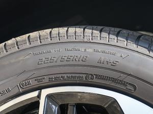 2018款1.5T 自动领航版 轮胎尺寸