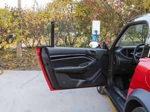 2017款原力限量版 驾驶位车门