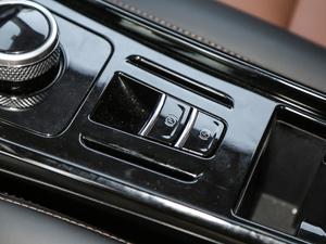 2017款原力限量版 驻车制动器
