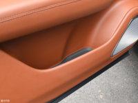 空间座椅理想ONE车门储物空间
