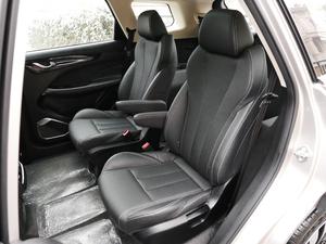 2019款1.6T DCT尊享型 6座 后排座椅
