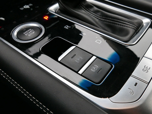 2019款1.6T DCT尊享型 6座 驻车制动器