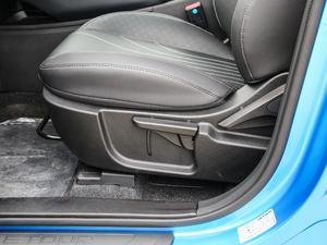 2018款1.5T 手动悦行版 座椅调节