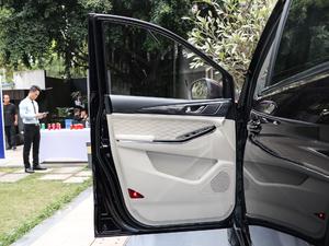 2019款1.5T 手动旗舰型 驾驶位车门