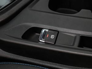 2019款450 智享版 驻车制动器