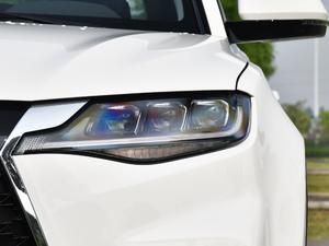 2019款2.0T 自动尊贵型 头灯