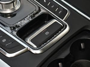 2019款2.0T 自动尊贵型 驻车制动器
